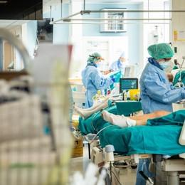 Tra novembre e gennaio 110 polmoniti sospette  Per le circolari non erano da «tamponare»