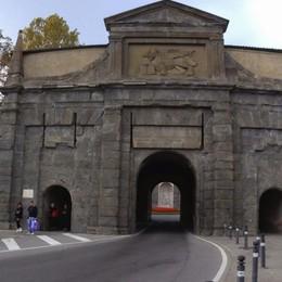 Riprendono i lavori in Città Alta Scivolo sotto Porta Sant'Agostino