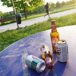 Controlli in parchi e piazze di Treviglio Multati 15 minori per consumo di alcol