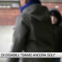 Le famiglie di disabili:«Siamo ancora soli»
