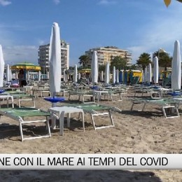 Riccione, il mare ai tempi del Covid-19  Il sindaco: «Bergamaschi benvenuti»