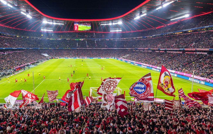 Città del calcio, si atterra a Monaco di Baviera. Che tifa 1860, ma la macchina da titoli è il Bayern. Storia e le foto
