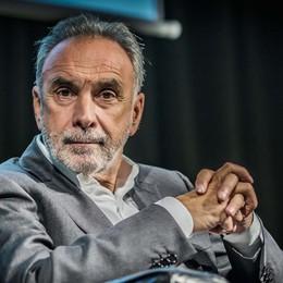 Coronavirus, intervista a  Remuzzi «La Lombardia un disastro? Parliamone»