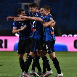È un'Atalanta concreta e spietata. Affonda anche il Napoli (2-0), è poker di vittorie