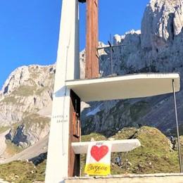 Vittime del Covid, il ricordo in montagna In Presolana la Messa del vescovo