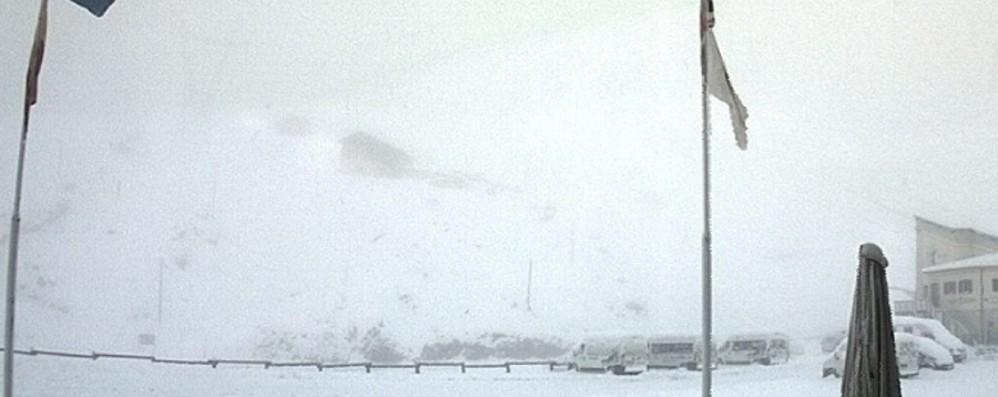 Agosto instabile, neve sulle Alpi Ma da mercoledì torna il bel tempo