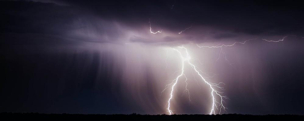 Allerta meteo in Lombardia In arrivo forti temporali, temperature giù