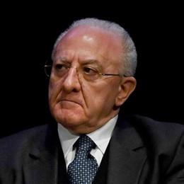 Belotti querela il governatore De Luca «Parole squallide sui morti a Bergamo»