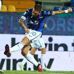 Gomez, il signore del tunnel Col Parma un altro gol d'autore