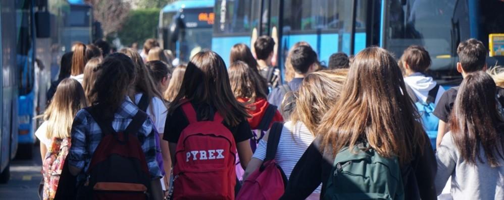 Più bus e orari estesi  per il rientro in classe