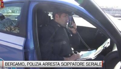 Polizia arresta in città scippatore seriale