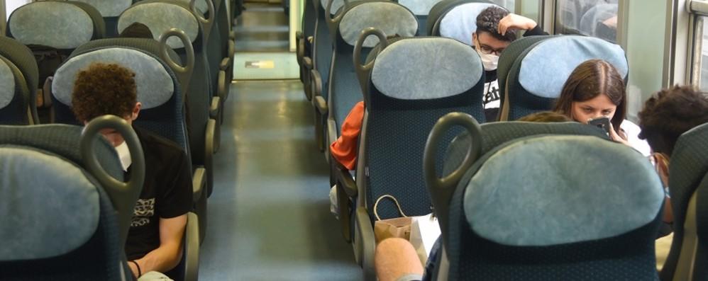 Trasporti, ancora tutto da organizzare In treno «liberi tutti» e sui bus posti limitati