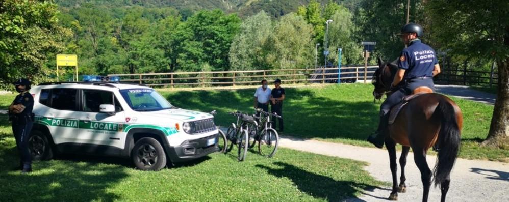 Al via le pattuglie a cavallo  sulla ciclabile della Val Seriana - Video
