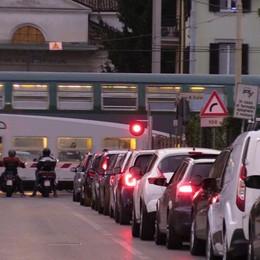 Albano e Montello, addio code I passaggi a livello saranno smantellati