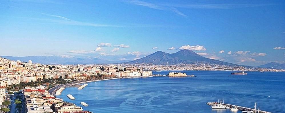Alla scoperta di Napoli in Vespa, elicottero, gozzo
