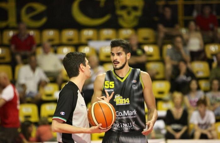 Basket serie B 2016/17 Gara3 fra Cento e Comark Bergamo - Rei Pullazi