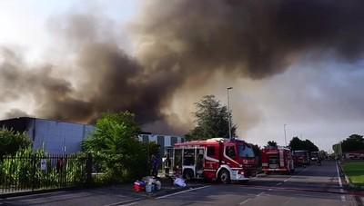 Incendio a Costa di Mezzate