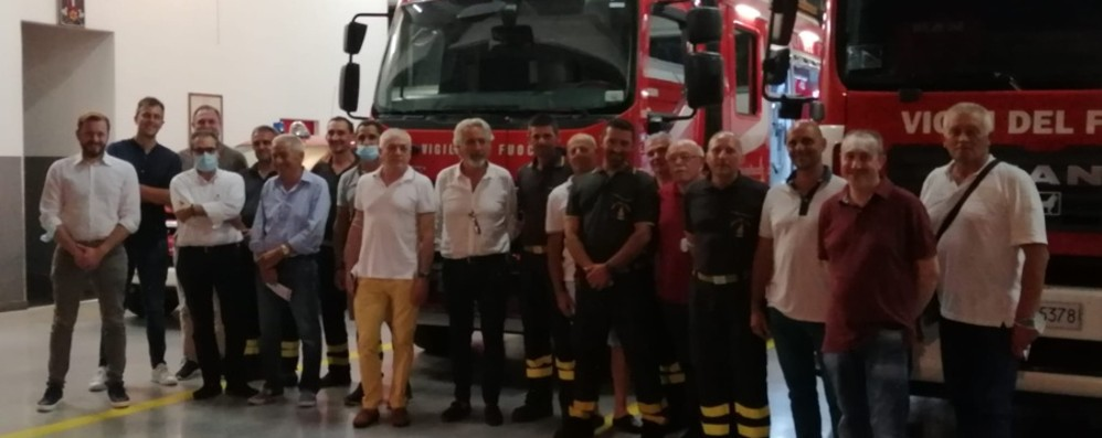 L'autoscala dalla Germania per i pompieri volontari di Romano