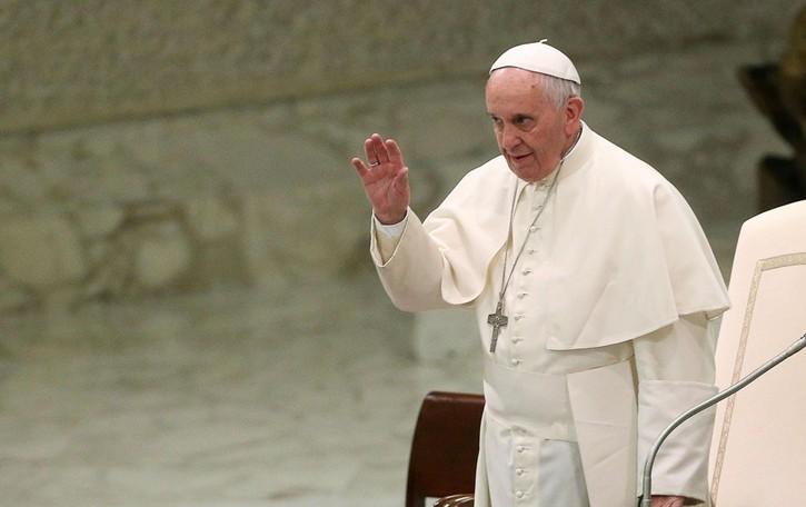 Le malattie sociali Il Papa vuole ricostruire