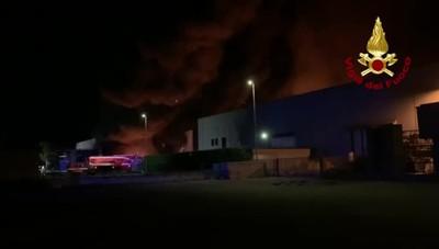 L'incendio a Costa di Mezzate