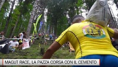 Magut Race, la pazza corsa con i sacchi di cemento a Songavazzo