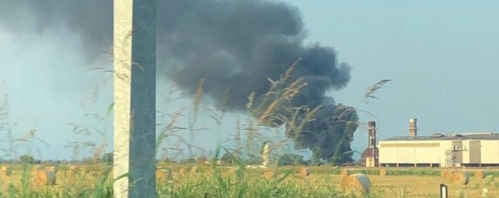 Cividate, fiamme all'acciaieria -Foto Brucia un trasformatore, nessun ferito