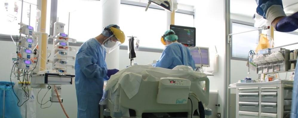 Covid, in due mesi un ricovero in ospedale 254 i positivi sorvegliati, -80%  da giugno - Cronaca, Bergamo