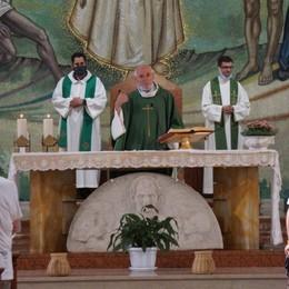 «Don Fausto è sempre qui con noi» Il ricordo nella Messa al Patronato