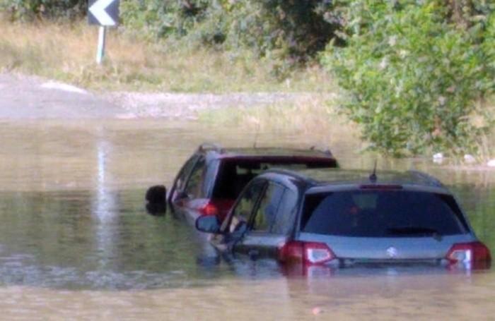 Le due auto in panne