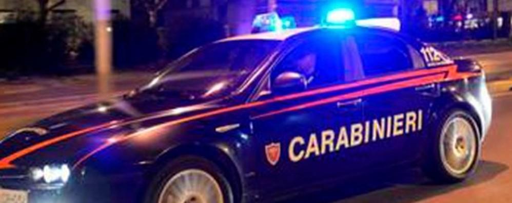 Partecipa alla rissa, poi difende i carabinieri Romano, in 3 giorni, due aggressioni