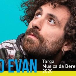 A Bergamo le finali di «Musica da bere» Gio Evan in concerto al Polaresco