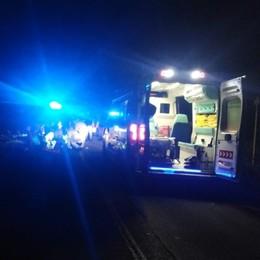 Fuori strada con lo scooter Due giovani feriti a Urgnano