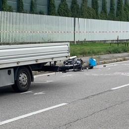 Moto contro furgone a Dalmine In ospedale 28enne, è molto grave