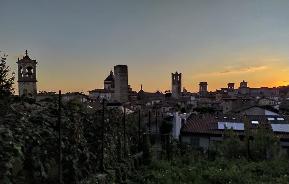 Tramonto su Bergamo Alta - Galleria fotografica L'Eco di ...