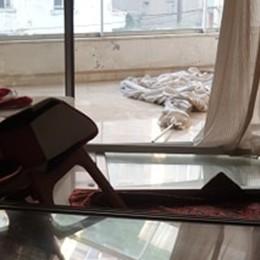 «Mia moglie e mia figlia salvate da un muro» Beirut, il racconto di un bergamasco