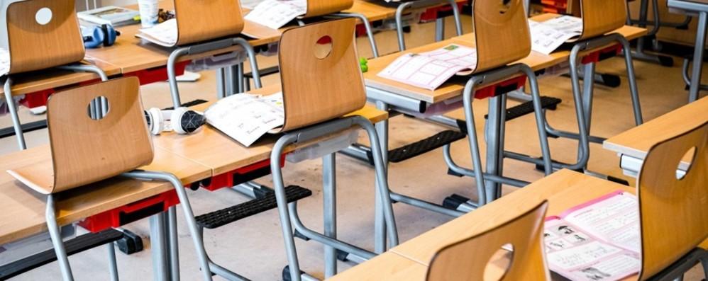Nuove regole per la sicurezza a scuola «Ma a Bergamo mancano 30.000 arredi»