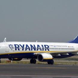 Covid, Ryanair taglierà del 20% i voli  dei prossimi 2 mesi nei Paesi più a rischio