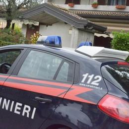 Evade dai domiciliari a Palosco Rintracciato, si scaglia contro i carabinieri