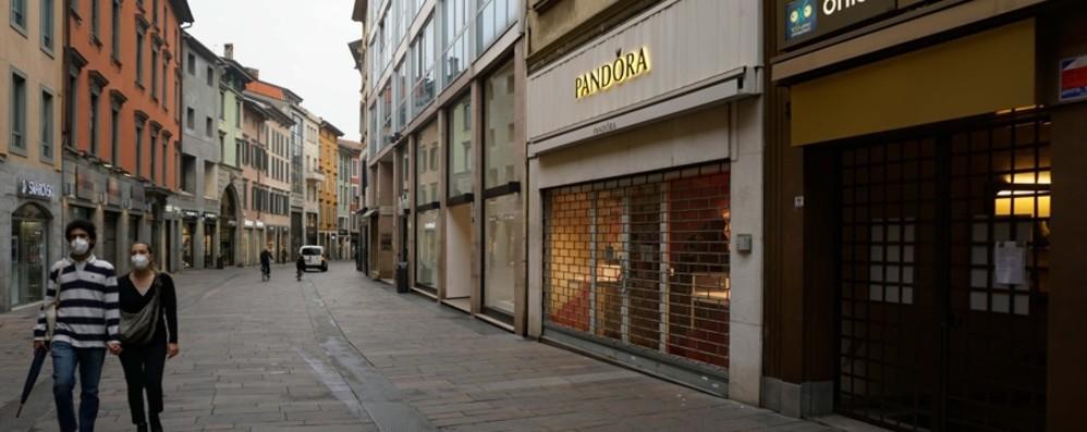 Il commercio e i servizi tra aprile e giugno A Bergamo crollano fatturato e impiego