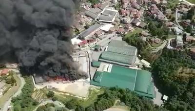 Incendio a Leffe immagini dal drone