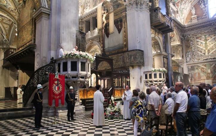 Assunta, stasera concerto e luci per la veglia  Il 15 agosto la Messa con il vescovo