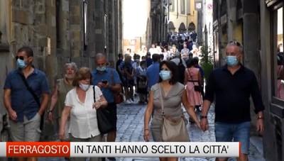Bergamo - In molti hanno scelto il Ferragosto in città