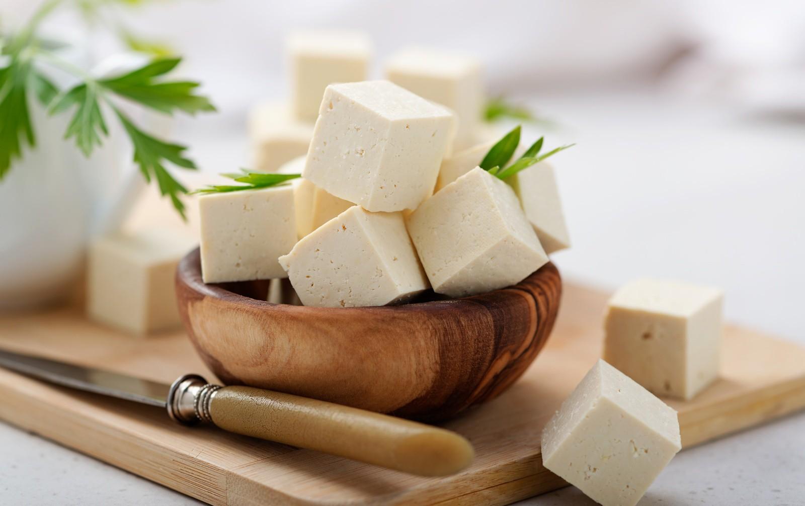 Il Tofu Come Sceglierlo Utilizzarlo E Cucinarlo Con Due Idee Golose