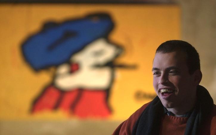 Quando l'arte supera limiti e silenzi  Un pennello per sfumare la disabilità