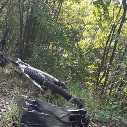 Monte Orfano, cade fuori dal sentiero   44enne di Telgate in gravi condizioni