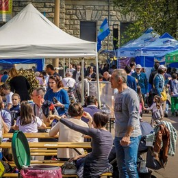 Street Food in piazzale Alpini a Bergamo Tre weekend all'insegna dell'enogastronomia