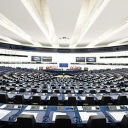 Recovery: Parlamento Ue, ok a nuove risorse proprie, anche plastic tax