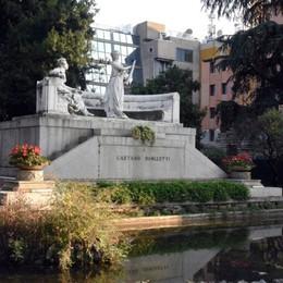 Donizetti, monumento e laghetto  Intervento di riqualificazione in inverno