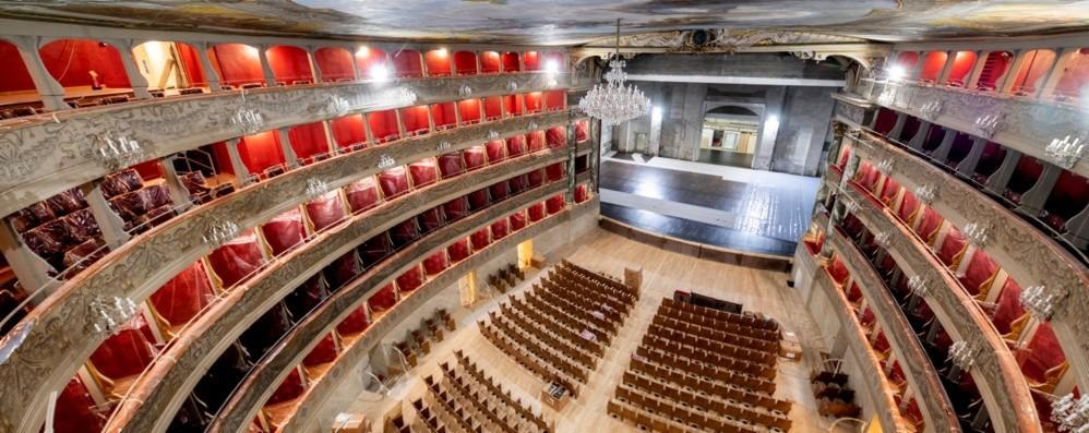 Il Teatro Donizetti torna a splendere Rush finale per i restauri - Foto e video