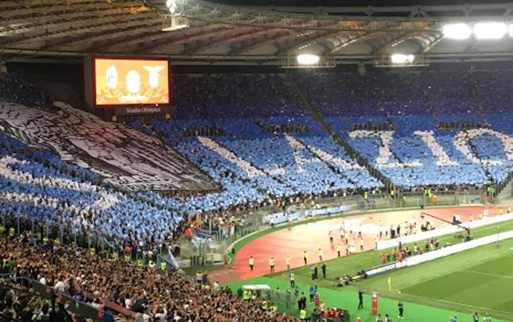 La Lazio, storia maledetta. Vittorie e condanne, sogni e pistole: quelle della squadra, rimaste a terra a Orio